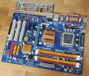 Gigabyte Ga-EP31-DS3L(QUAD S775,)+io shield